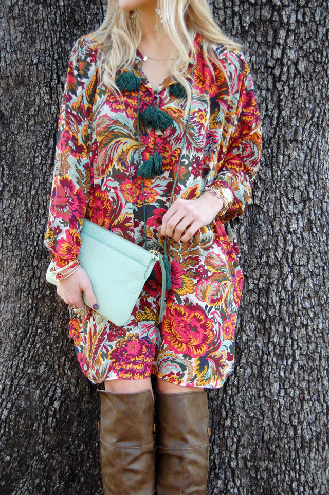 6-thankful-thanksgiving-giveaway-fevrie-floral-dress-vandi-fair