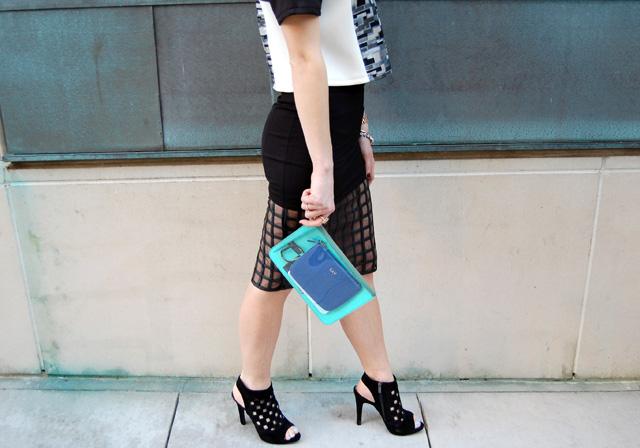 caged-jessica-simpson-heels