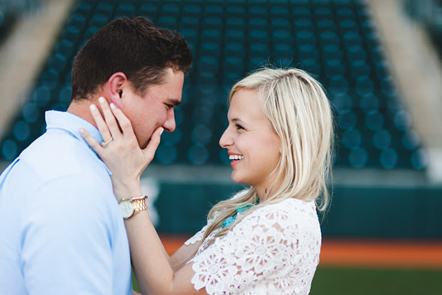 lauren-cole-engagement-pictures