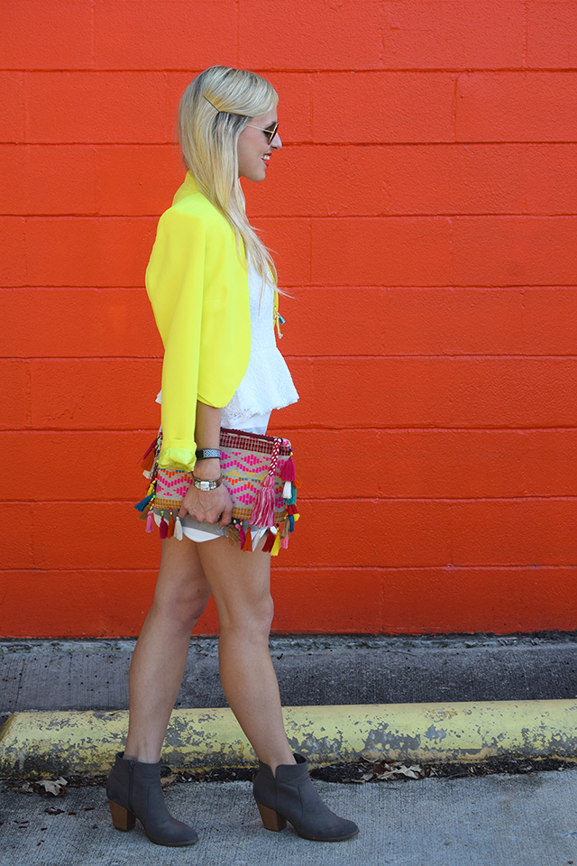 colorful fall transitional outfit