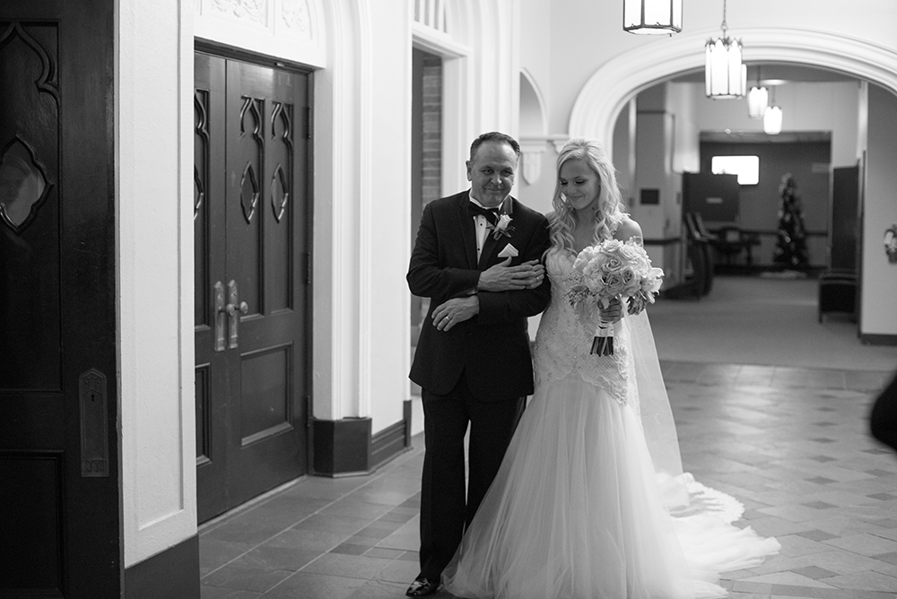 lauren-vandiver-cole-green-wedding-dallas-texas-weddings-vandi-fair-blog-fashion-bridal-blogger-new-years-eve-nye-cinderella-disney-vandigoesgreen-father-daughter