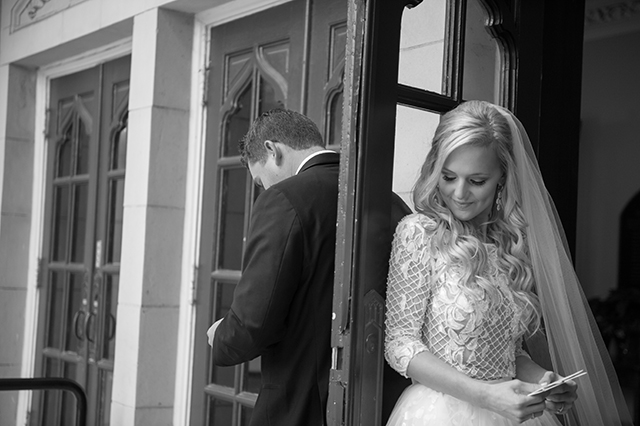 lauren-vandiver-cole-green-wedding-dallas-texas-weddings-vandi-fair-blog-fashion-bridal-blogger-new-years-eve-nye-cinderella-disney-vandigoesgreen-first-look-church-doors-reading-notes