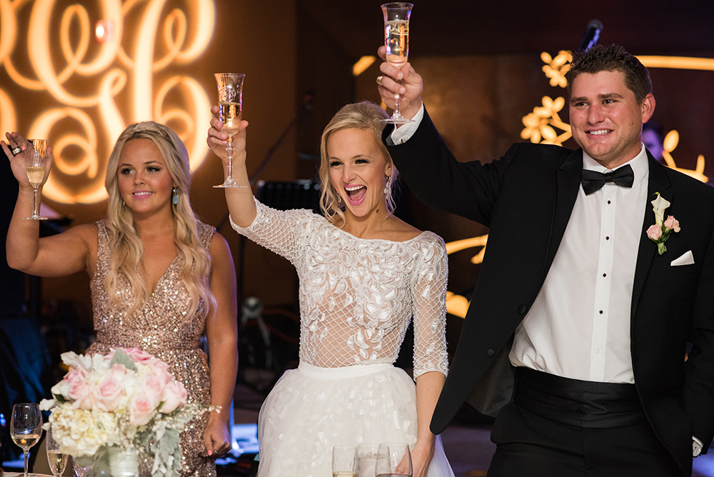 lauren-vandiver-cole-green-wedding-dallas-texas-weddings-vandi-fair-blog-fashion-bridal-blogger-new-years-eve-nye-cinderella-disney-vandigoesgreen-toast