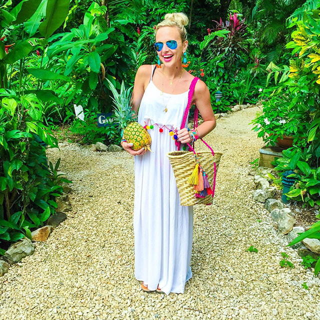 vandi-fair-blog-lauren-vandiver-dallas-texas-fashion-blogger-costa-rica-instagram-ig-round-up-asos-akasa-pom-pom-maxi-beach-dress-white