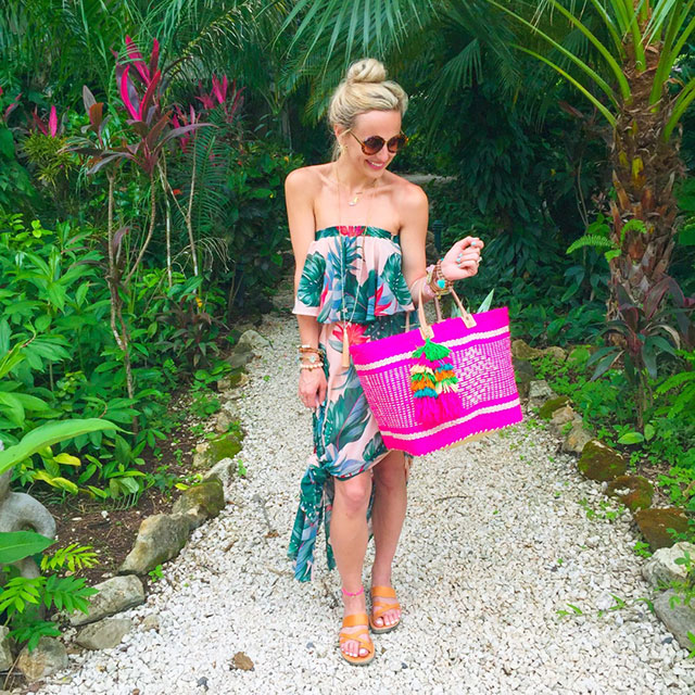 vandi-fair-blog-lauren-vandiver-dallas-texas-fashion-blogger-costa-rica-instagram-ig-round-up-show-me-your-mumu-hacienda-maxi-dress-mar-y-sol-ibiza-woven-tote