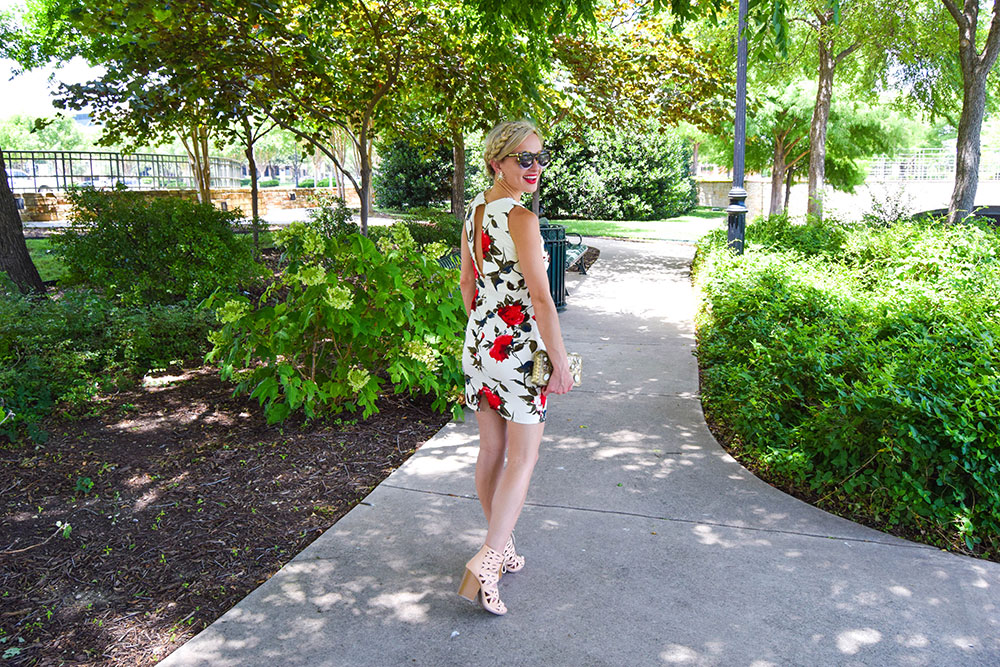 vandi-fair-blog-lauren-vandiver-dallas-texas-fashion-blogger-filly-flair-womens-online-boutique-breakfast-at-tiffanys-floral-red-rose-print-keyhole-dress-uptown-girl-lace-up-booties-6