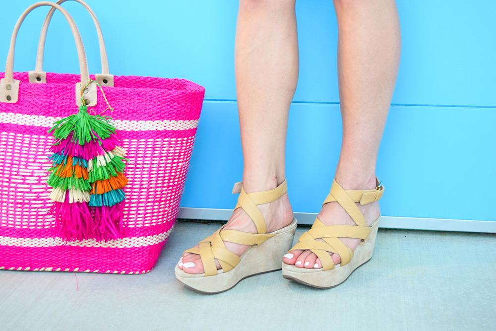 vandi-fair-blog-lauren-vandiver-dallas-texas-fashion-blogger-mar-y-sol-ibiza-woven-tassel-bag-pink-nina-shoes-nude-wedges
