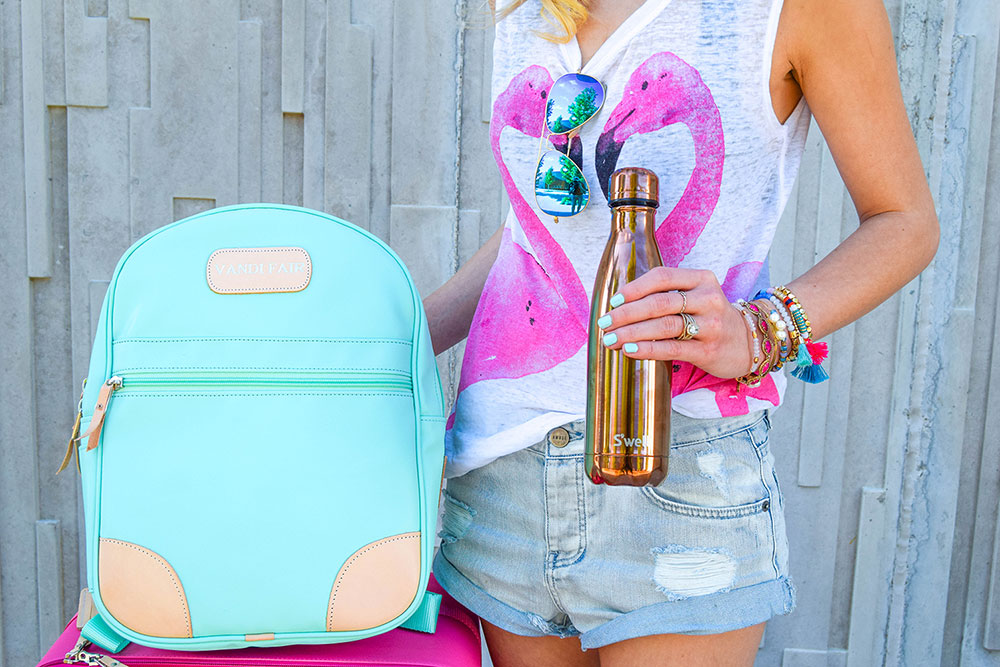 vandi-fair-blog-lauren-vandiver-dallas-texas-southern-fashion-blogger-jon-hart-designs-mint-green-back-pack-swell-stainless-steel-water-bottle-flamingo-t-shirt