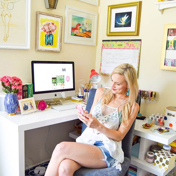 vandi-fair-blog-lauren-vandiver-dallas-texas-southern-fashion-blogger-springpop-app-new-social-media-sponsored-post-home-office-decor-interiors-colorful-wall-collage