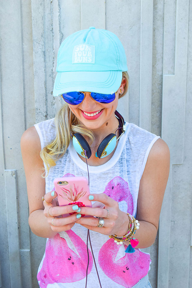 vandi-fair-blog-lauren-vandiver-dallas-texas-southern-fashion-blogger-sun-your-buns-ball-cap-billabong-skull-candy-turquoise-headphones-nunuco-pineapple-phone-case--1