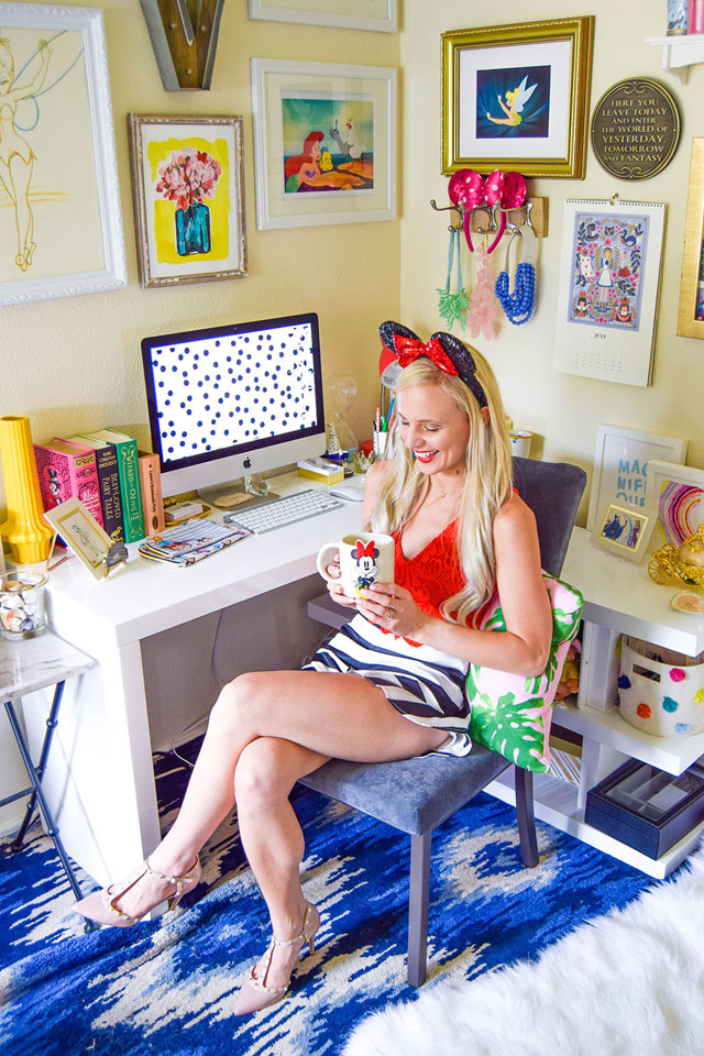 vandi-fair-blog-lauren-vandiver-dallas-texas-southern-fashion-blogger-disney-desk-style-home-office-decor-interiors-colorful-minnie-mouse-mug-ears-outfit