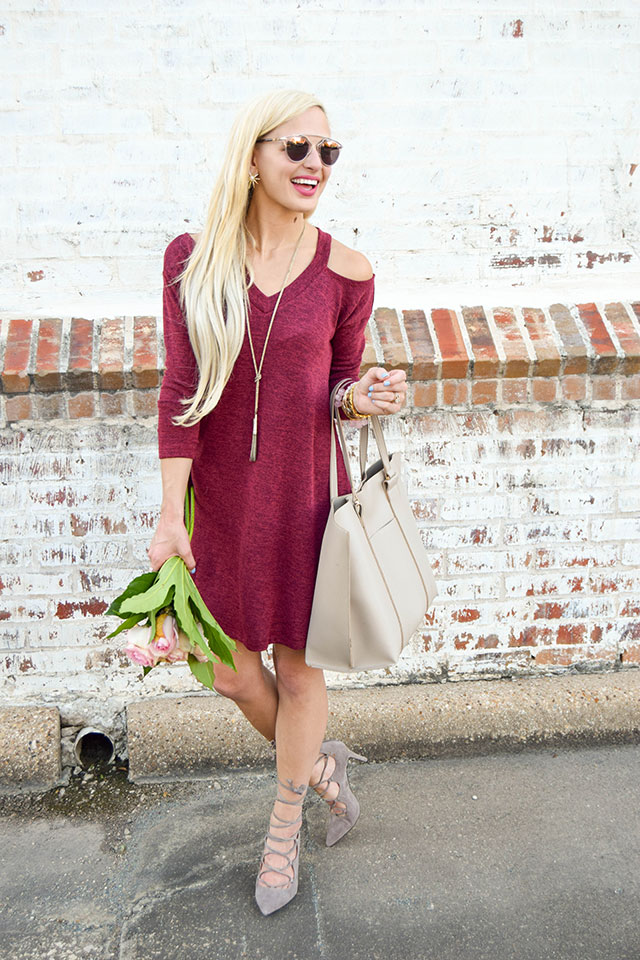 vandi-fair-blog-lauren-vandiver-dallas-texas-southern-fashion-blogger-nordstrom-anniversary-sale-fall-outfits-everly-cold-shoulder-swing-dress-vince-camuto-lace-up-pumps
