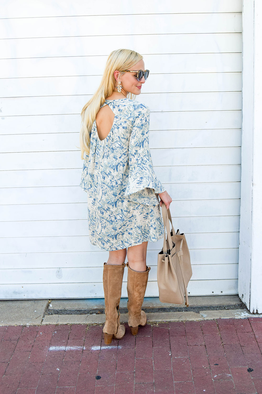 vandi-fair-dallas-fashion-blog-lauren-vandiver-southern-blogger-lush-whitney-bell-sleeve-woven-shift-dress-open-back-ugg-ava-tall-water-resistant-suede-boot-chestnut-7