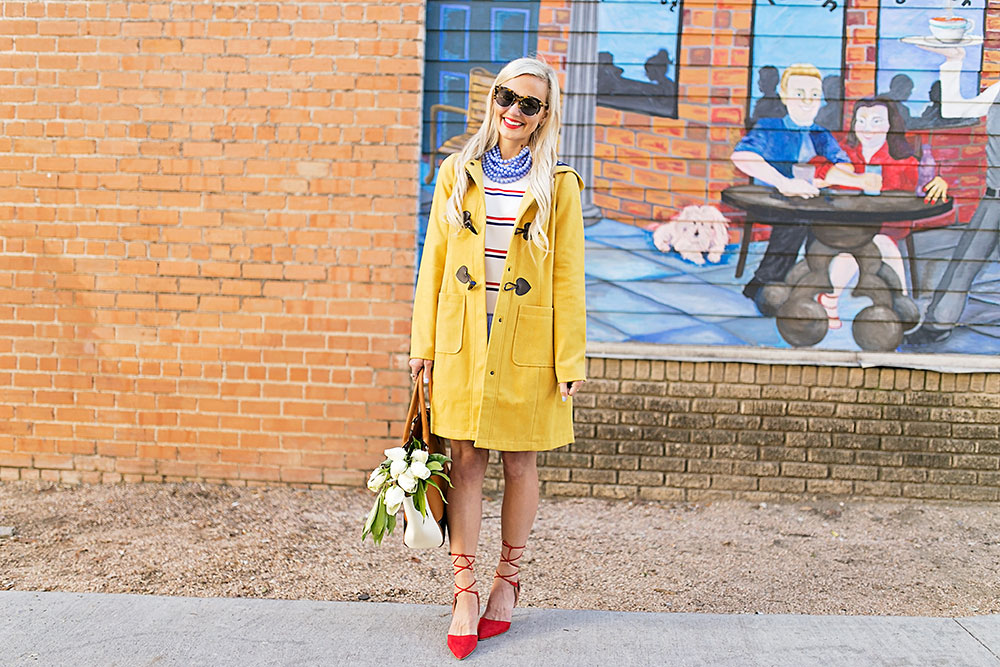 vandi-fair-blog-lauren-vandiver-dallas-texas-southern-fashion-blogger-modcloth-mustard-yellow-pea-coat-theatre-greetings-saffron-red-lace-up-pumps-1