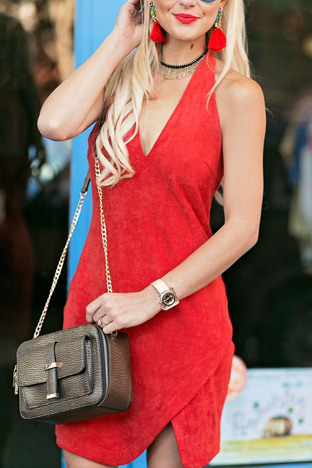 vandi-fair-blog-lauren-vandiver-dallas-texas-southern-fashion-blogger-the-styled-collection-red-halter-dress-suede-ramona-bronze-crossbody-bag-red-fringe-statement-earrings-2