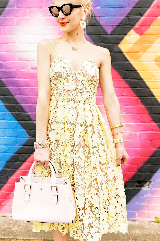 donna-morgan-spaghetti-strap-lace-dress