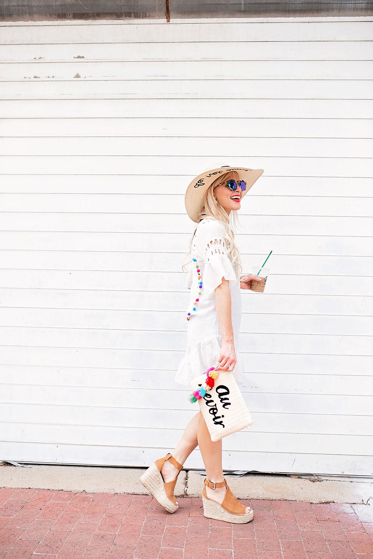 2017-white-beach-outfit