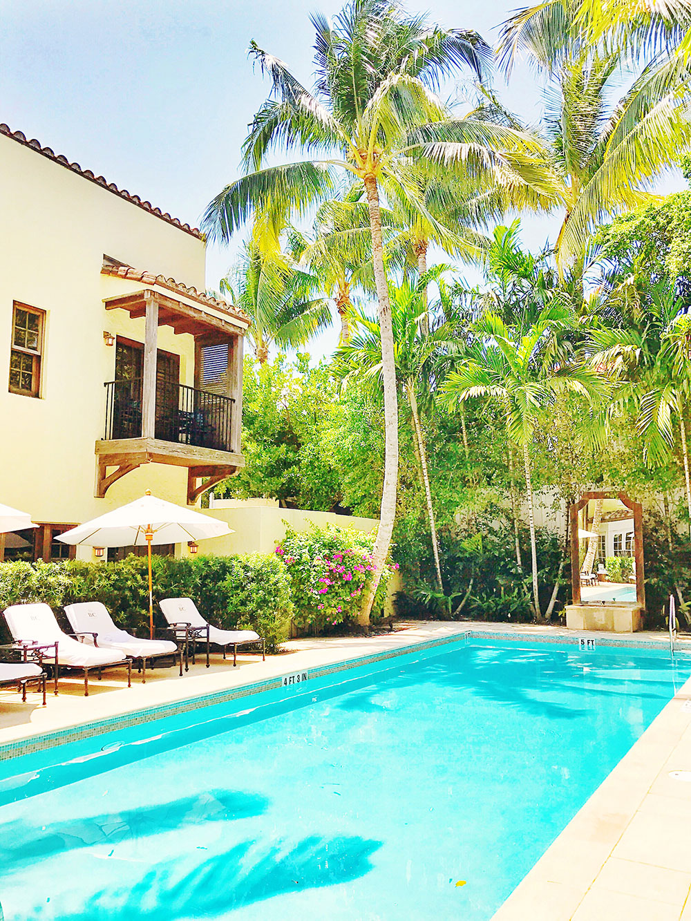 brazilian-court-hotel-palm-beach-pool