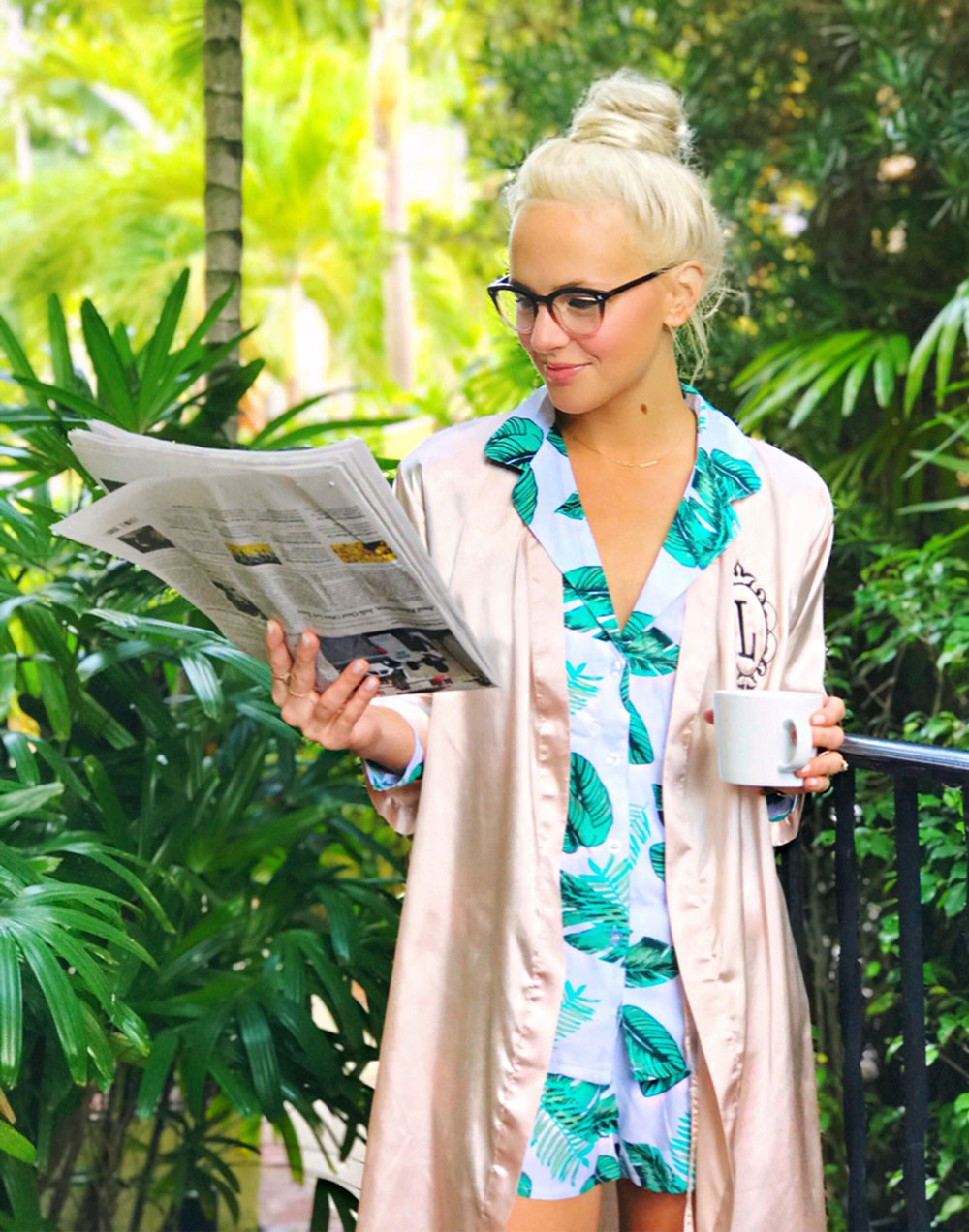 palm-print-white-and-green-womens-button-up-pajamas