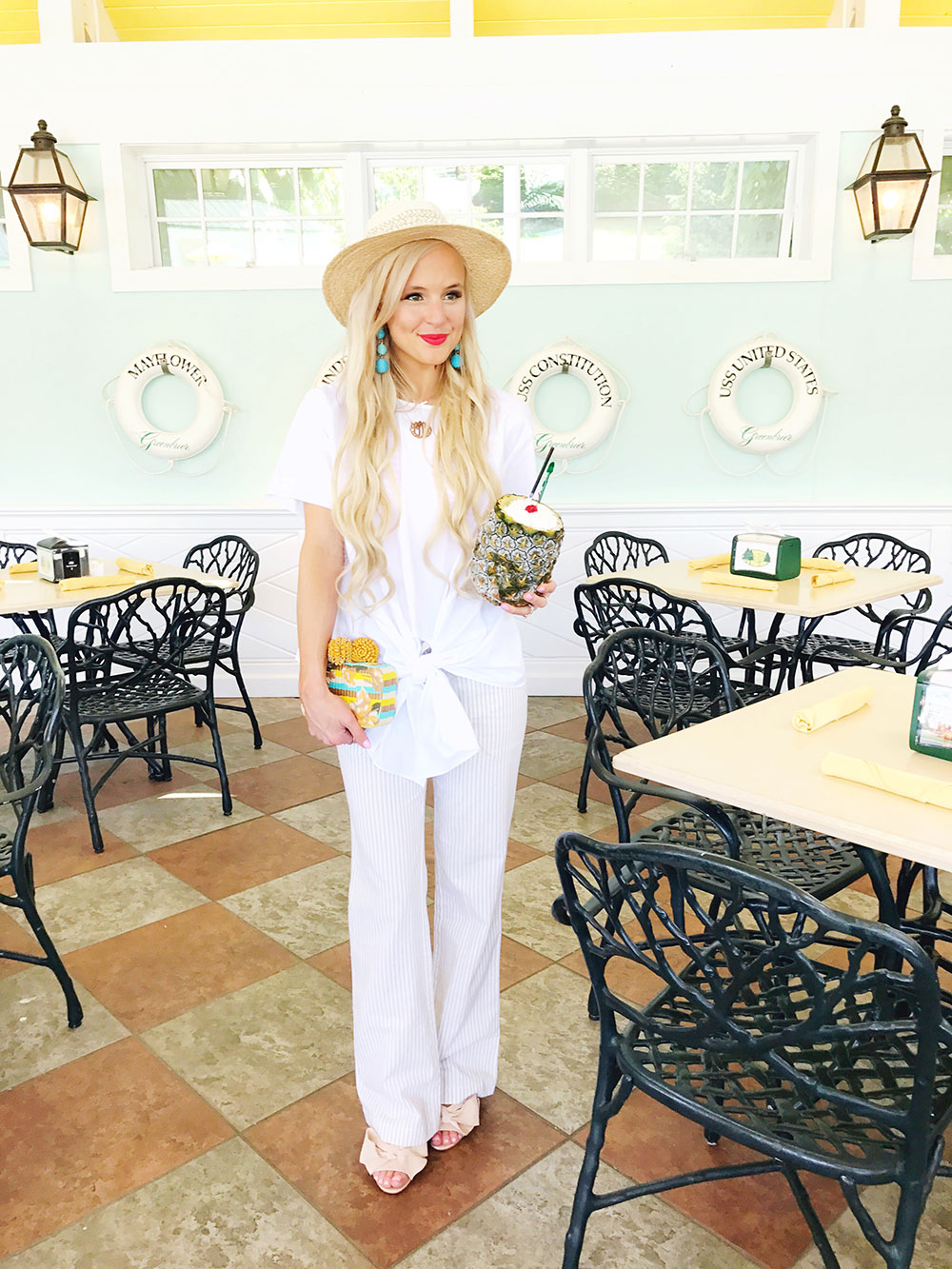 resort-pool-outfit-linen-pants