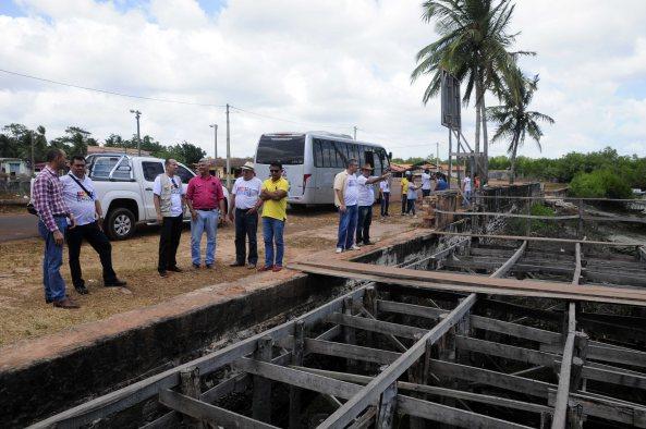 Visita a Ponte do Balandro onde foi visto de perto a Placa de ordem de serviço desde 2014