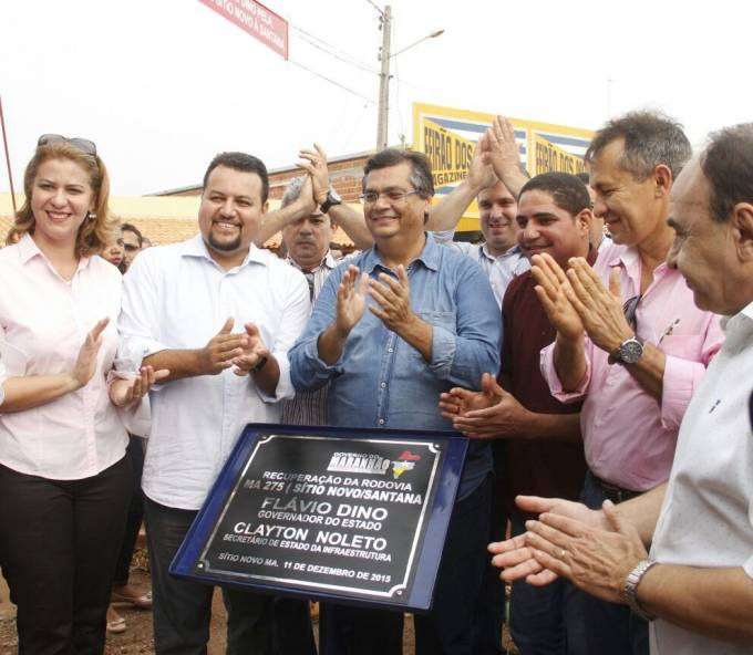 Zé Inácio, Piquiá e governador Flávio Dino descerram placa de inauguração da MA 280.
