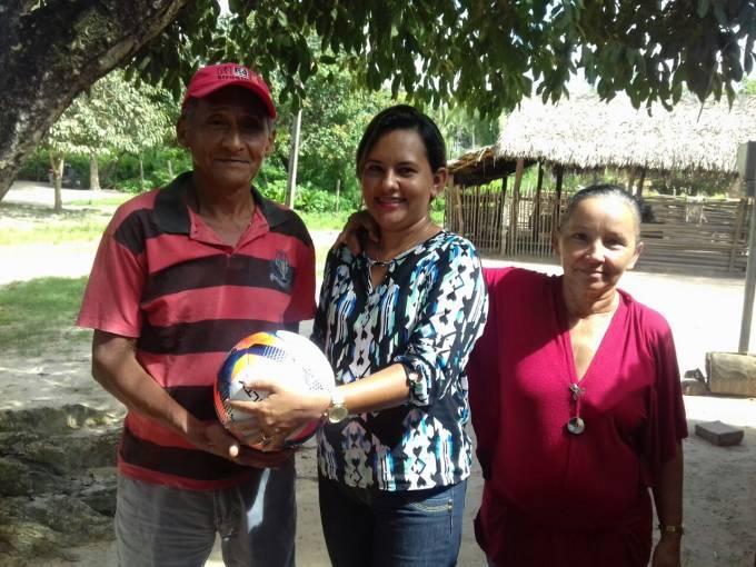 Pré-candidata a vereadora, segue os passos do pai, que perdeu os direitos políticos até 2020.