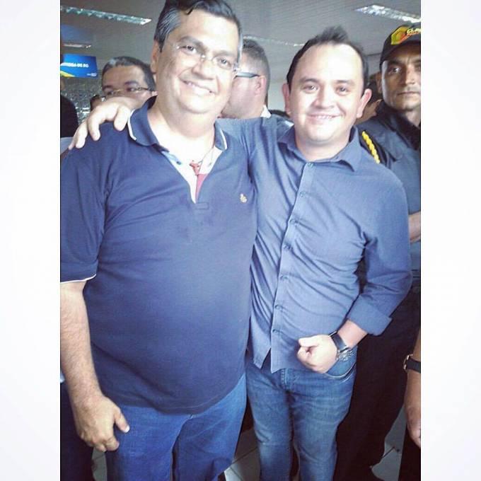 O Superintendente de Articulação Regional de Pinheiro, Dr. Jadiel Barros, ao lado do Governador, Flavio Dino.