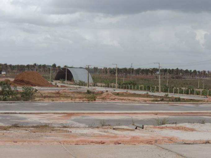 Governo aciona empresa por abandono nas obras do parque de Pinheiro. (Foto: Mayara Rêgo/Seinc)
