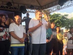 Sarney Filho participa de entrega de unidade móvel de saúde