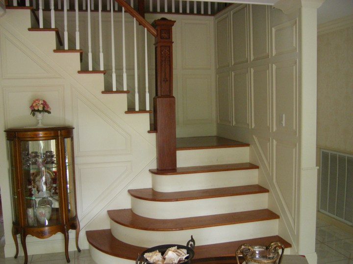 foyer stairwell and upstairs landing