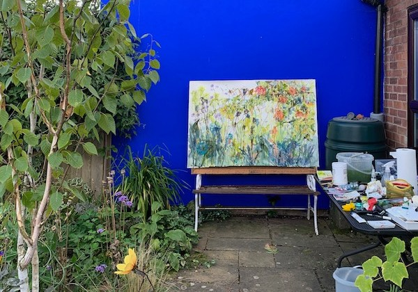 Painting together in garden-based workshops