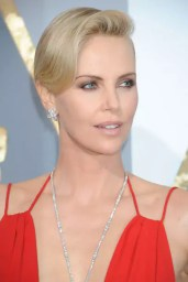 charlize-theron-gettyimages-512945520_article_gallery_portrait