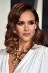 jessica-alba-gettyimages-512932886_article_gallery_portrait