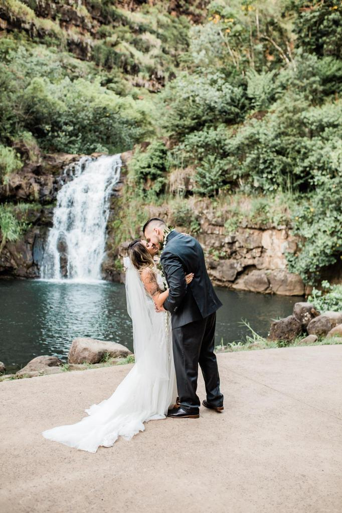 Waimea Valley Weddings _ Vanessa Hicks Photography