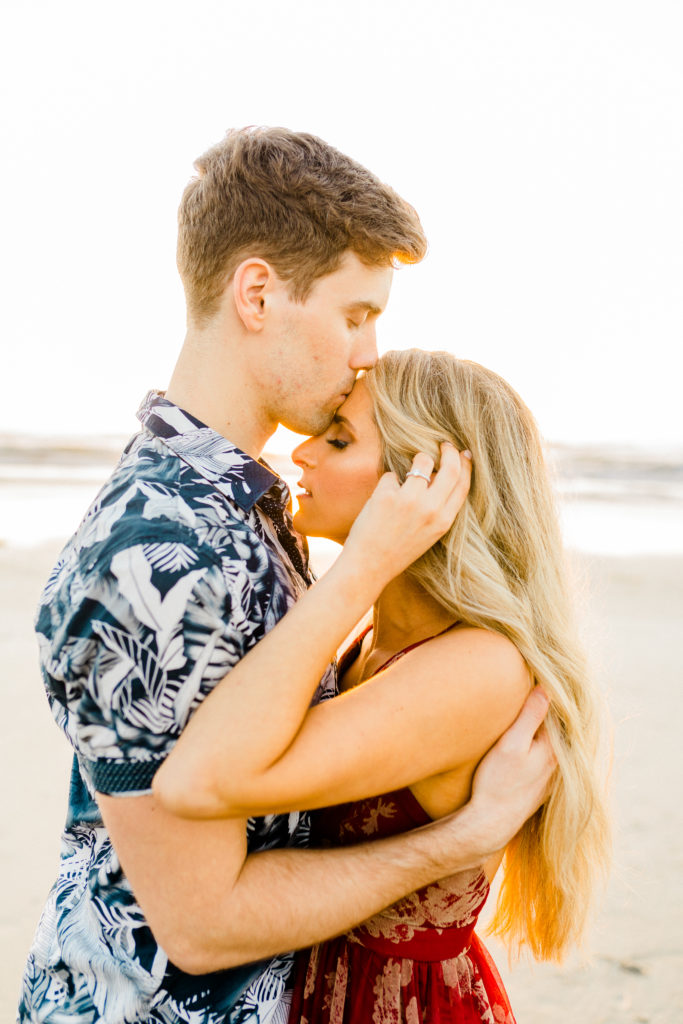 sunset engagement photos in san diego
