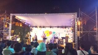 Band 2