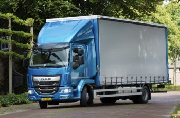 Latest DAF LF introduces new engine for urban operations
