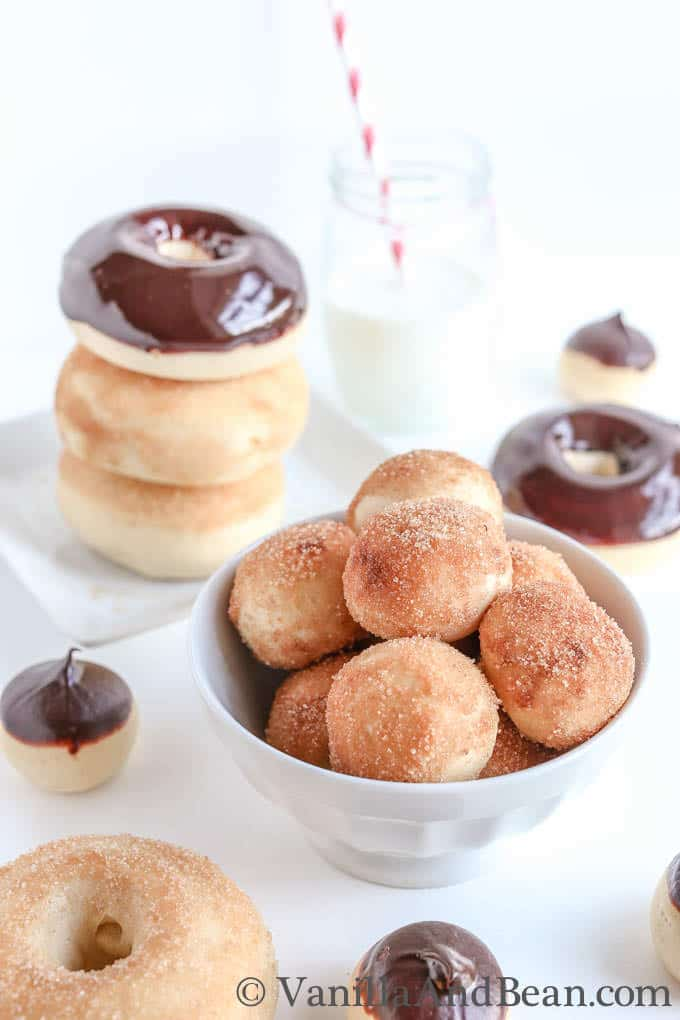 Vanilla Bean And Buttermilk Baked Doughnuts