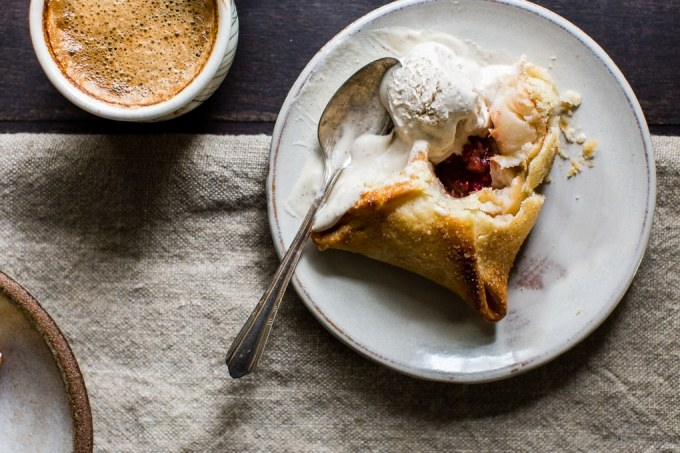 Tender pastry wrapped around half an apple stuffed with a mix of brown sugar, cinnamon, butter and cranberries. Serve Apple Dumplings Stuffed With Brown Sugar Cranberry Butter warm right out of the oven with vanilla bean ice cream or your favorite caramel sauce. Make ahead for ultimate ease! #vegetariandessert #Thanksgiving #Christmas #Dessert