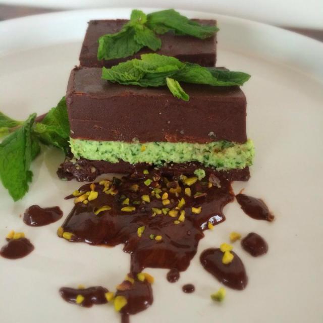 Vegan Chocolate Mint Fudges