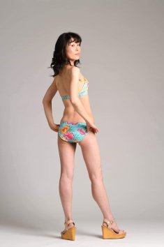 swimsuits model Asian back fitness shooting tips