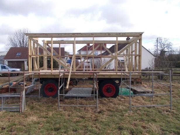 hut frame 5