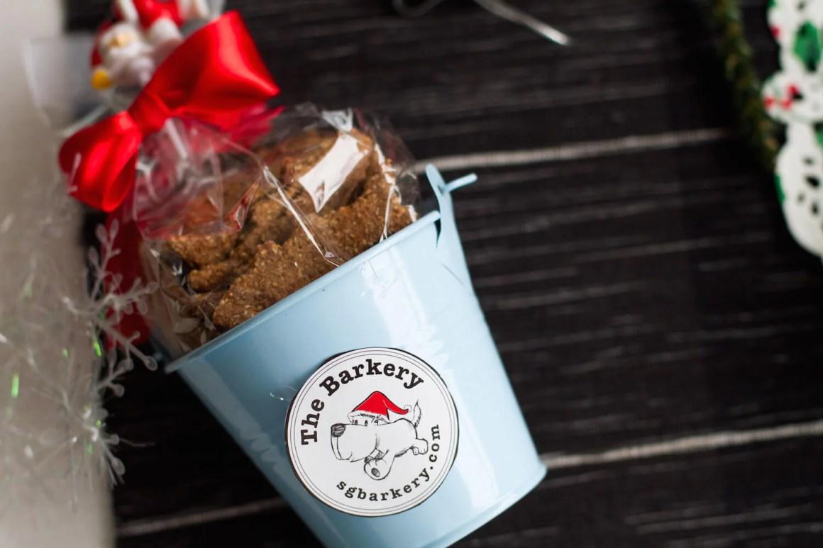 The Barkery Singapore Christmas Biscuit Bucket | Vanillapup