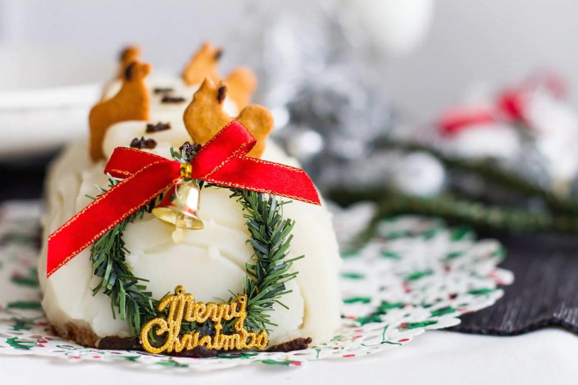 The Barkery Singapore Christmas Log Cake | Vanillapup