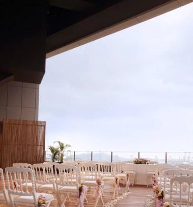 Dog-friendly Wedding Venue Fabrika Klapsons Rooftop | Vanillapup