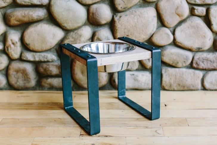 Wild Hound Outfitters Dog Single Feeder   Vanillapup