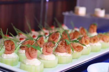 A White Christmas Party Canapes | Vanillapup