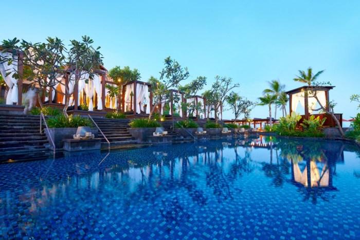 St-Regis-Bali-condenasttraveller-25sep13-pr_b_1080x720