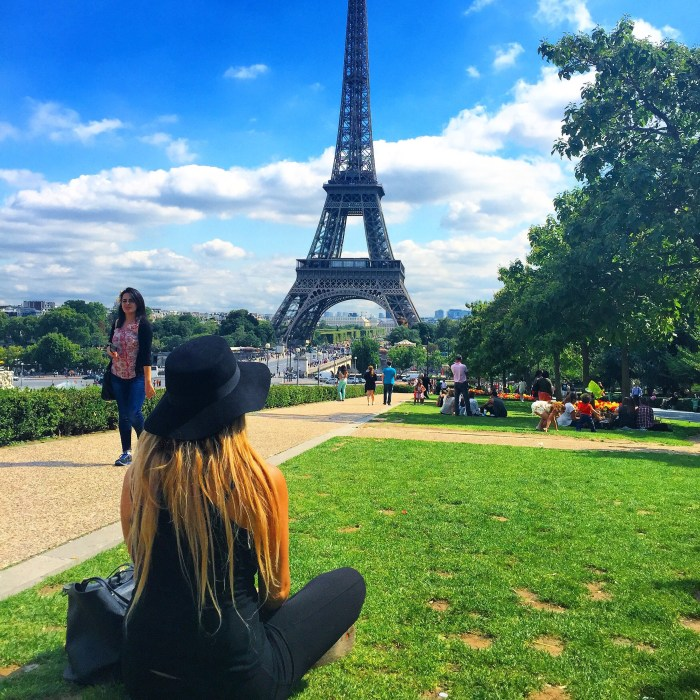 picnic in front of the eiffel tower vanilla sky dreaming @hofitkimcohen